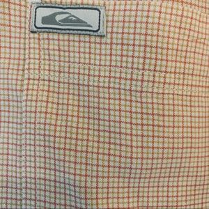 Quiksilver Shirts - Quicksilver short sleeve button down plaid shirt